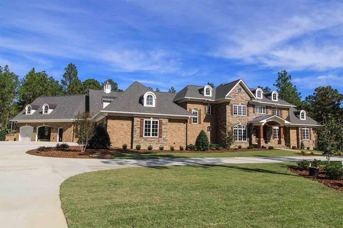 Large Pinehurst Home With Asphalt Shingles Elite Roofing Llc